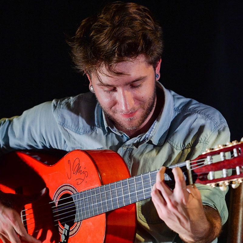 Ati_Tampi_De_Capanema_portrait_professeur_musique_flamenco