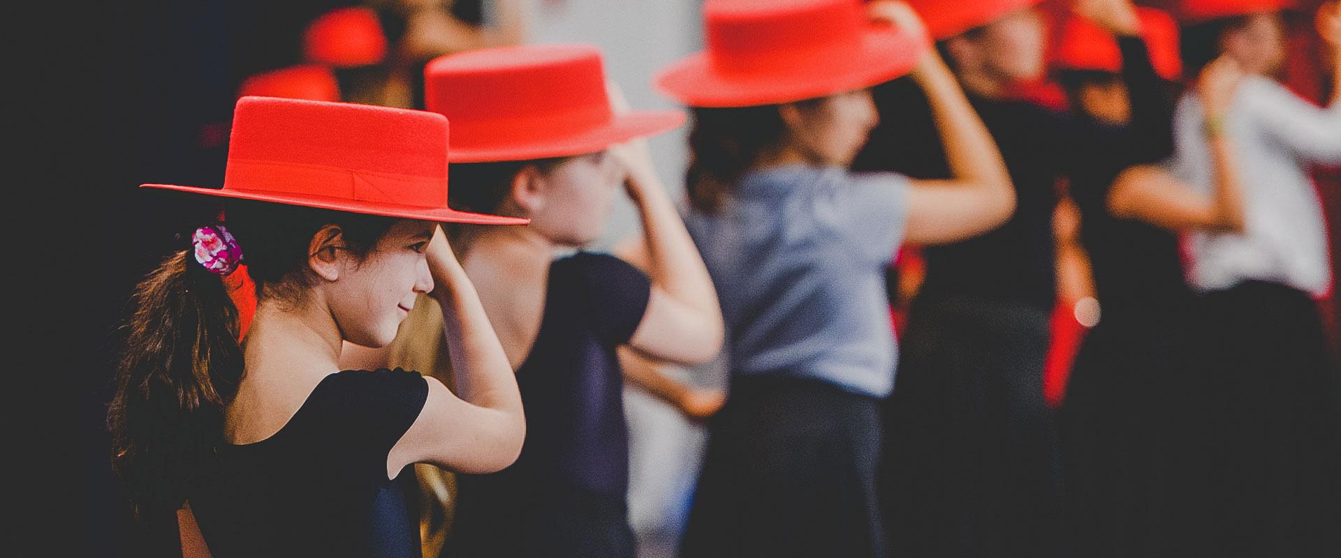 cours-enfants-flamenco-fabrica-flamenca
